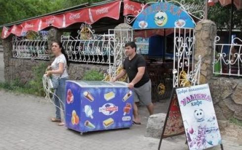 Кафе в Центральном парке Караганды сносить не будут