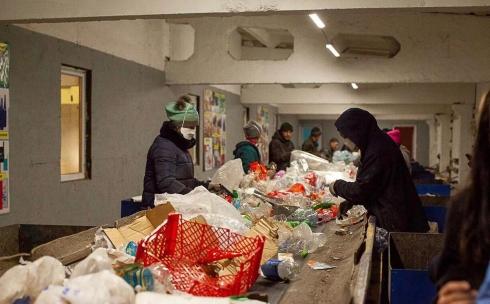 Карагандинцы совершили экскурсию по мусороперерабатывающему заводу