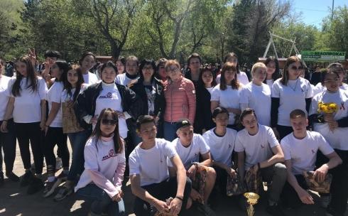В Караганде прошла акция ко Дню памяти людей, умерших от СПИДа