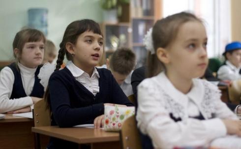 В 4, 9 и 10 классах школ согласно обновленному содержанию набор дисциплин останется тем же