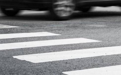 Во время урагана в Караганде водитель сбил 18-летнего парня на пешеходном переходе
