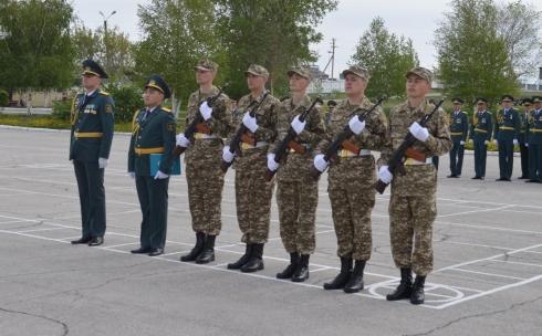 Солдаты-срочники приняли присягу в воинских частях Карагандинской области