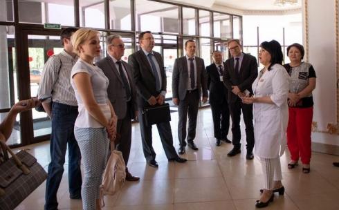 Делегация врачей из Минска посетила Караганду