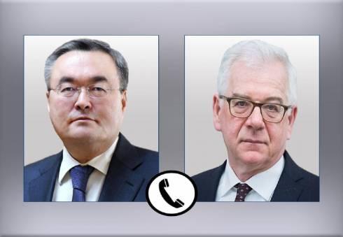 Мухтар Тлеуберди поблагодарил главу МИД Польши за помощь в возвращении казахстанцев домой