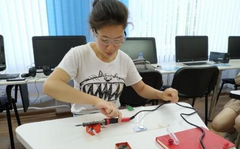 В Караганде прошел мастер-класс по программированию