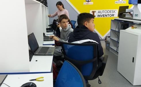 В Караганде проходит образовательный хакатон и олимпиада по программированию