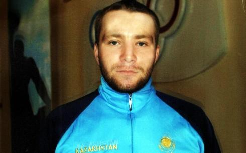 Карагандинский пловец Сергей Кинах завоевал серебряную медаль на Параазиатских играх