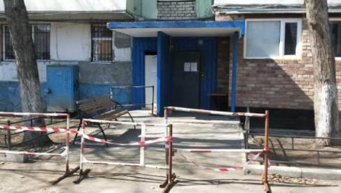 В Карагандинской области закрытыми на карантин остаются более 80 подъездов