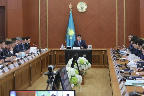 Ерлан Кошанов раскритиковал подчинённых за состояние дорог в регионе