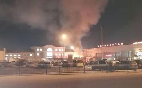 Пожар произошел на территории карагандинского вокзала