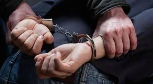 Мужчины в масках и с ружьем пытались ограбить жителя Темиртау