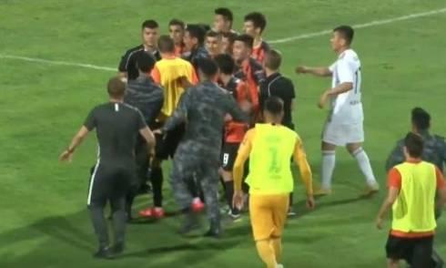 Второй пенальти в ворота «Шахтера» принес победу «Ордабасы»