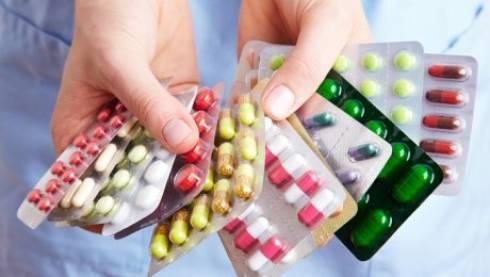 За навязывание дорогостоящих лекарств медиков и аптекарей в РК будут наказывать