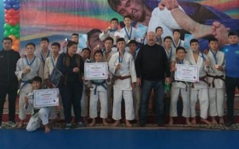 В поселке Агадырь прошел VII традиционный республиканский турнир по дзюдо