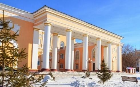 Эксклюзивно, 18+: В ТЮЗе Темиртау пройдет читка пьесы «Научи меня любить»