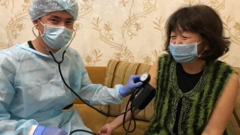В Караганде открылась школа волонтёров-медиков для помощи больным Covid-19