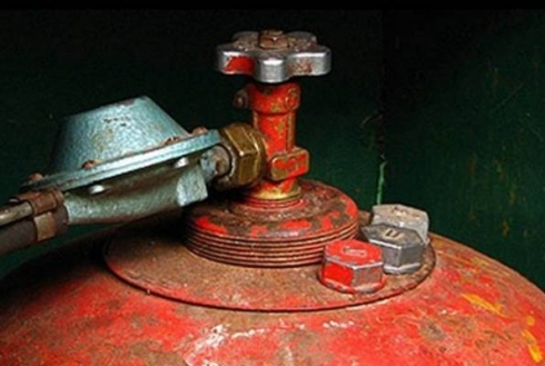 В Караганде при включении плиты неожиданно вспыхнул газовый баллон