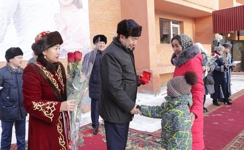 В День Первого Президента карагандинцы стали новосёлами