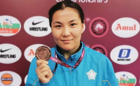 Эльмира Сыздыкова завоевала бронзовую медаль на чемпионате Азии