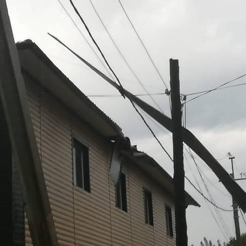 Устранить повреждения электрических сетей в Караганде обещают до конца рабочего дня