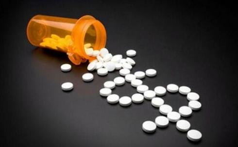 Казахстанцам предлагают бойкотировать дорогие лекарства