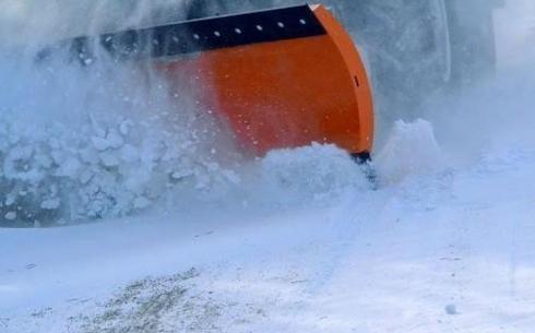 В Карагандинском регионе не хватает снегоуборочной техники