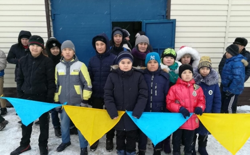 Для участников дворовых клубов Караганды организовали экскурсию «Ерлер мінген арғымақ»