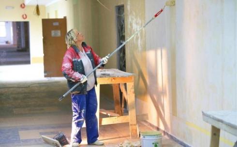 55% карагандинцев вынуждены сдавать деньги на ремонт школ