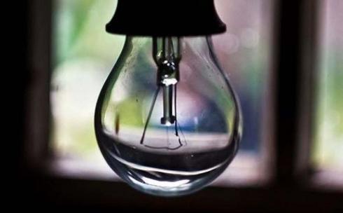 Кто даст электричество: у жителей Осакаровского района днем отключают свет