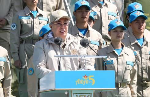 Токаев открыл юбилейный Республиканский военно-патриотический сбор молодёжи