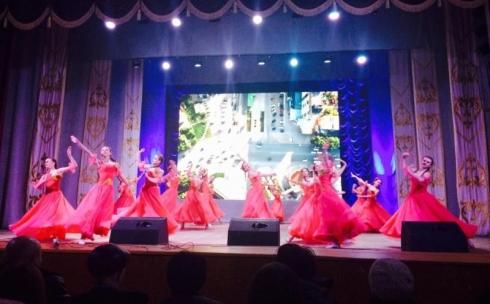 Прошел праздничный концерт «Шуағын шашқан Қарағанды»