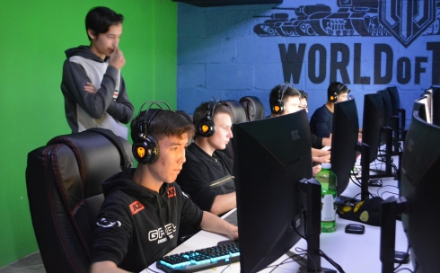 «Counter-Strike» развивает тактическое мышление, уверены участники турнира в Караганде