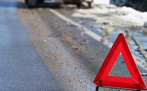 В Караганде сбитая на пешеходном переходе женщина скончалась в больнице