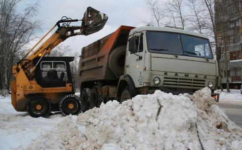 Очистка дворов не входит в обязанности городских коммунальных служб