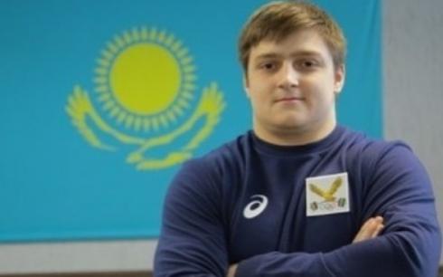 Воспитанник карагандинской школы тяжелой атлетики стал чемпионом Азии среди юниоров