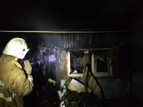 10 человек спасено при пожаре в многоквартирном жилом доме Караганды