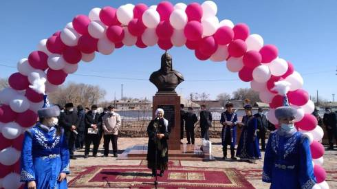 Памятник Таныбаю-батыру открыли в Шетском районе