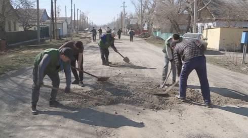 Акция по уборке и благоустройству стартовала в селе Уштобе