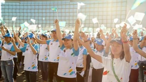 Студентам-волонтерам повысят стипендию на 30% в Казахстане
