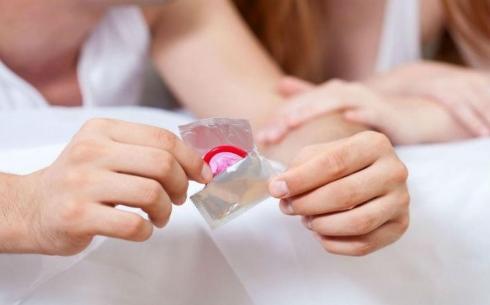 Даже ОДИН секс без презерватива несет за собой риск заражения ВИЧ-инфекцией