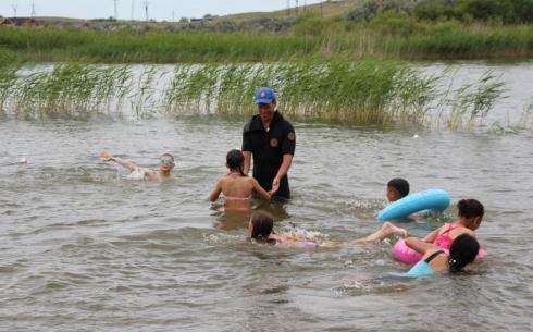 Карагандинскими спасателями проведена акция «Безопасное лето»