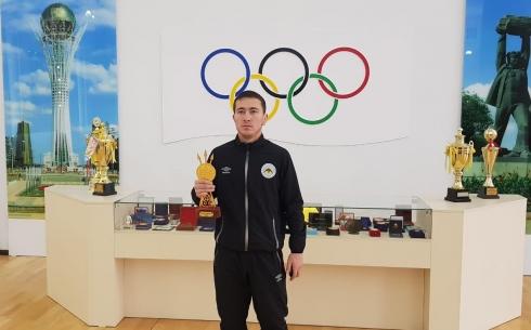 Спортсмен из Карагандинской области стал лучшим по казақ күресі в Казахстане