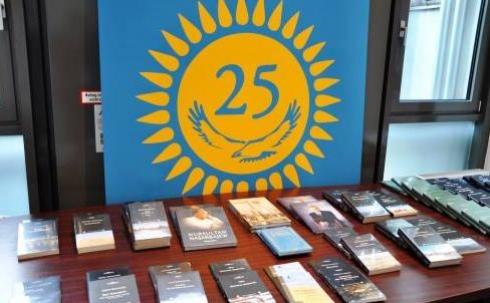 Казахская литература –выражение казахского языка!