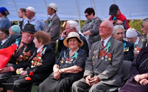 По одному миллиону тенге получат карагандинские ветераны ко Дню Победы