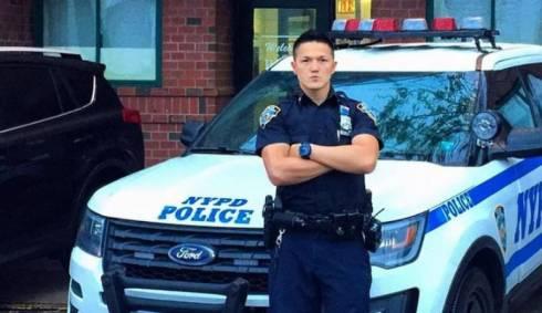 Лучшего полицейского Нью-Йорка ждут в Караганде