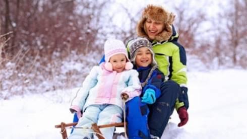 Исключить прогулки с детьми в морозные дни рекомендует Минздрав РК