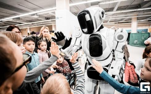 5 причин пойти на выставку «Робополис»