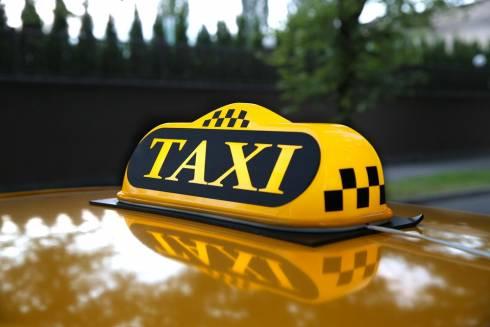 Полиция Караганды отреагировала на обращение женщины-таксиста