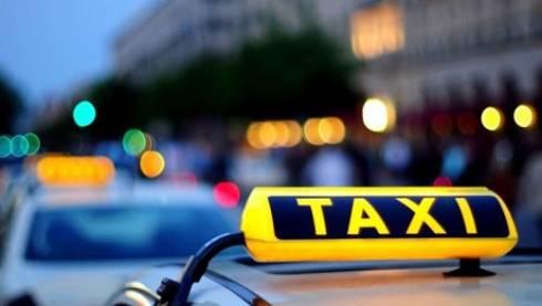 Водитель такси в Караганде с пистолетом напал на девушку и отнял сумку