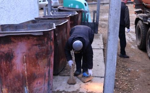 В Караганде возле мусорного контейнера обнаружен труп новорожденного мальчика